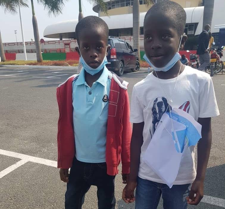 Boaz et son frère jumeau