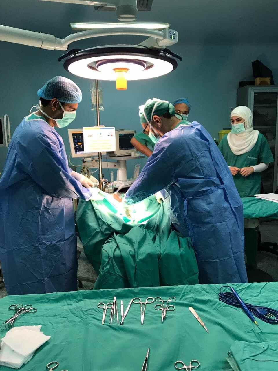Le petit Farid opéré au Liban