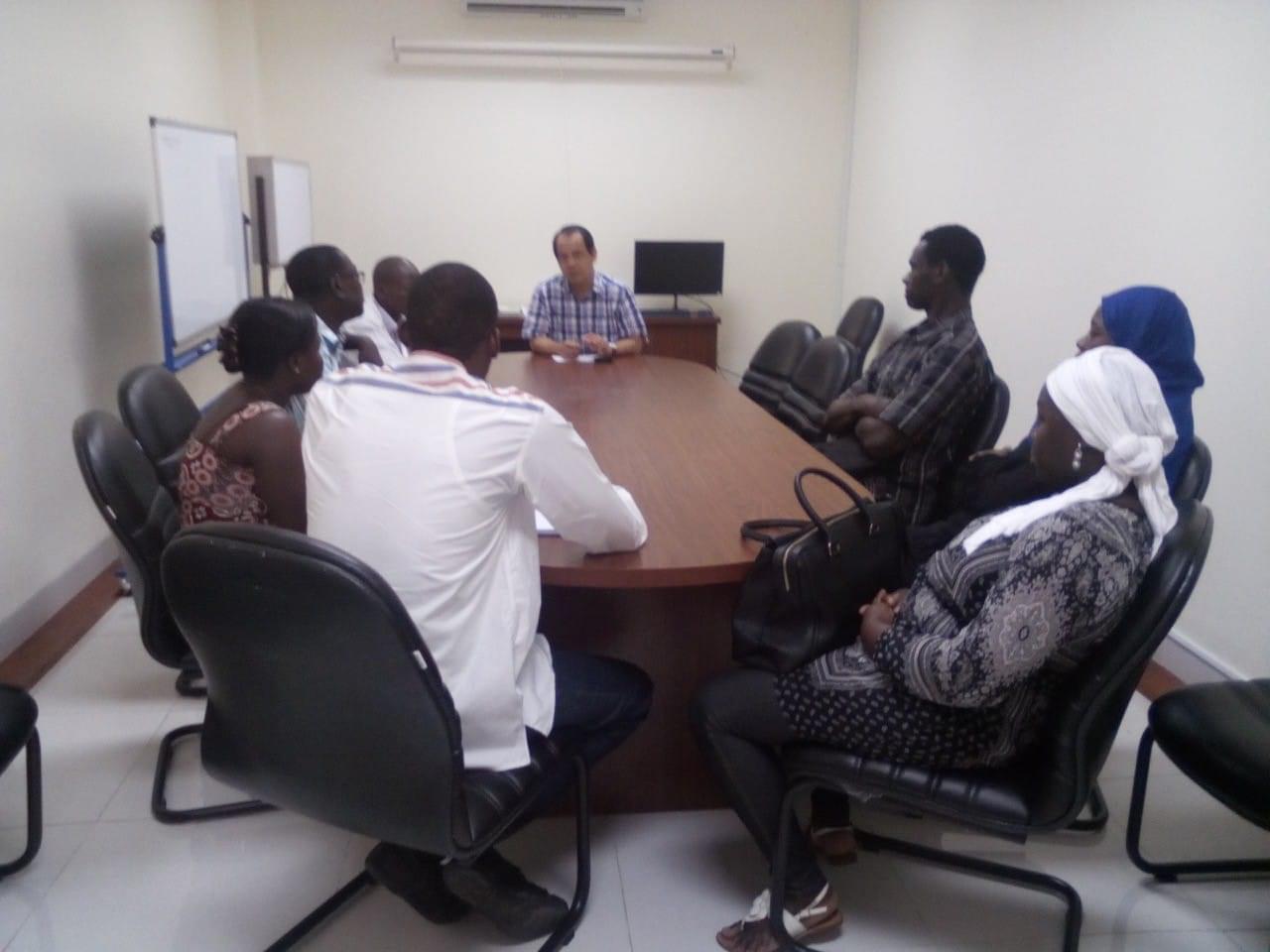 Réunion entre les stagiaires sénégalais et le Dr Phan