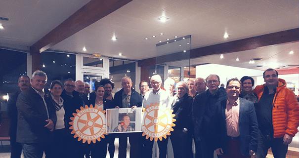 Remise de chèque par le Rotary Club de Dijon