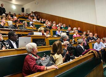 conference lundi public