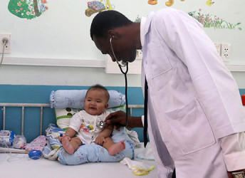 visuel enfant medecin