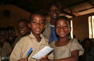 paragraphes/ecole doumassesse  mission education togo fevrier 2013