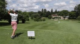 un tournoi de golf solidaire